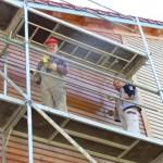 Zwei Arbeitseinsätze an der Gesundheitsscheune – Außenfassade wurde gestrichen.