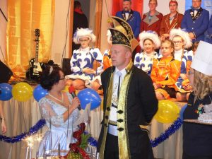 FCC lässt Korken knallen zum Auftakt der 60. Session – Prinzenpaar gekrönt