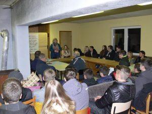 Bekommt Frankenheim wieder einen Jugendclub? Treffen mit den Jugendlichen zeigt den möglichen Weg
