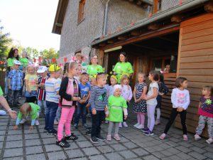 Sommerfest bei Sonnenschein im Kindergarten